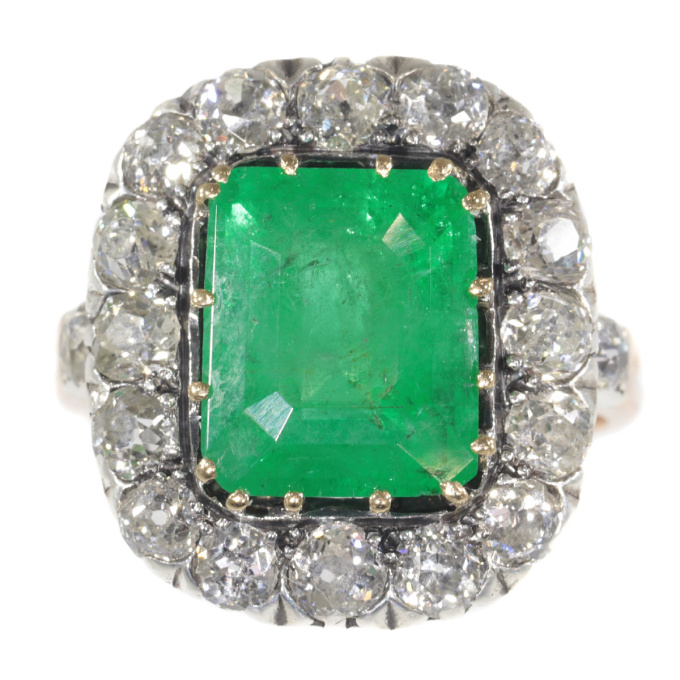 Victorian ring with old mine brilliant cut diamond and large emerald by Unknown