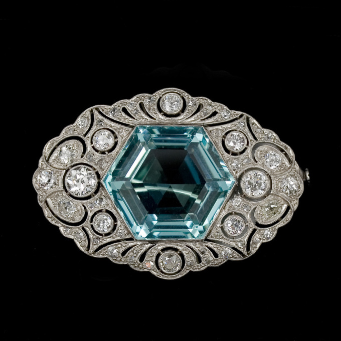 Aquamarine brooch by Unknown Artist