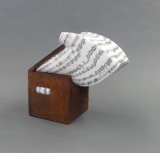 Caja de Música by Lluís Cera