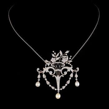 Flower basket brooch-pendant by Fontana .