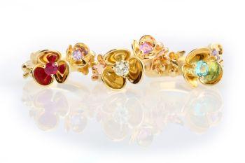 Three flower rings by Eva Theuerzeit