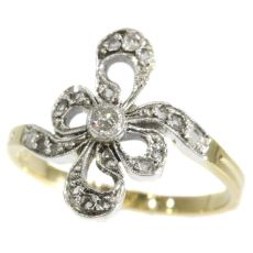 Antique Belle Epoque ring with diamonds by Unknown Artist