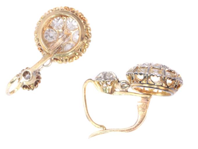 Art Deco diamond short hanging earrings by Unknown