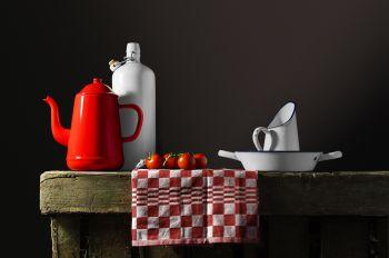 'Tomatos' by Viereijken Gilde