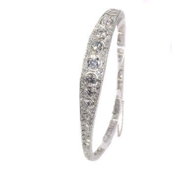 Top quality Vintage Art Deco diamond platinum bracelet by Unknown Artist