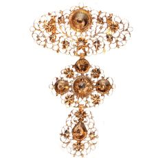 Early 19th century pink gold diamond pendant called a la jeanette by Unknown Artist