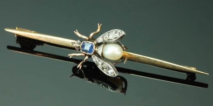 Vintage gold bar brooch with bejeweled fly by Unknown Artist