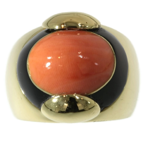 Vintage ring with onyx and coral by Unknown Artist