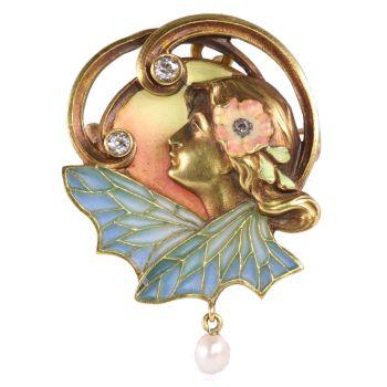 High quality Art Nouveau pendant/brooch with plique a jour enamel by Unknown Artist