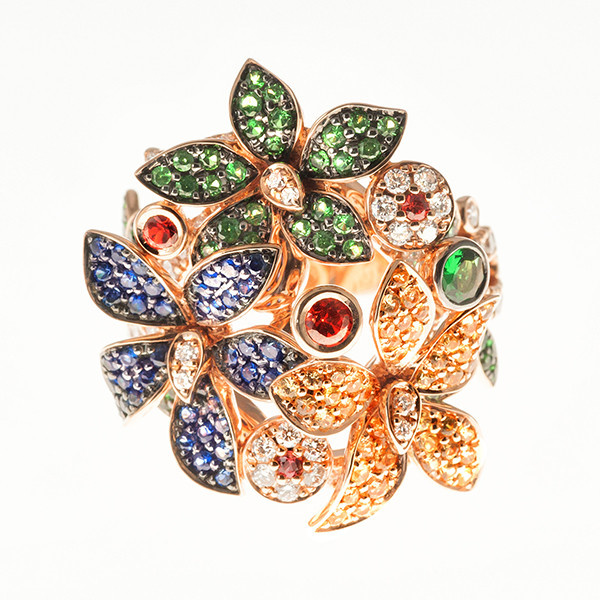 Flower ring with sapphires and diamonds by Unknown Artist
