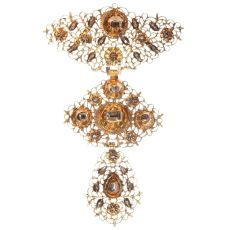 18th Century filigree gold cross pendant called A la Jeanette table cut diamonds by Unknown Artist