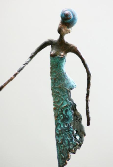 Ariel  by Loes Knoben