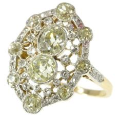 Très Belle Epoque diamond engagement ring with natural fancy color diamonds by Unknown