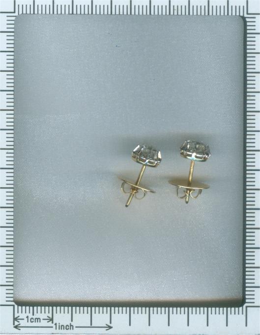 Vintage Art Deco diamond earstuds by Unknown Artist