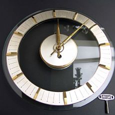 Kienzie Art deco wall clock by Unknown Artist