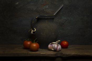 Garlic by Mos Merab Samii