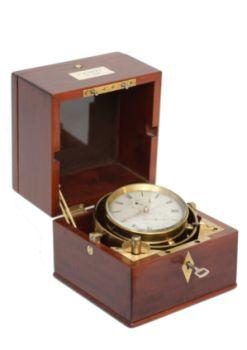 A rare Dutch mahogany two-day chronometer by Andreas Hohwü Amsterdam, circa 1865. by Andreas Hohwü