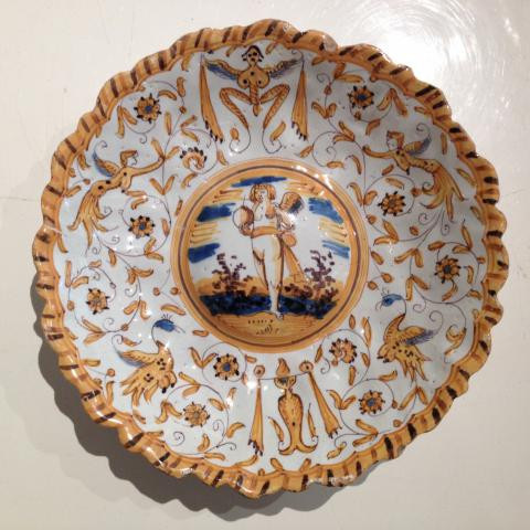 A Dutch maiolica polychrome dish by Willem Jansz. Verstraeten