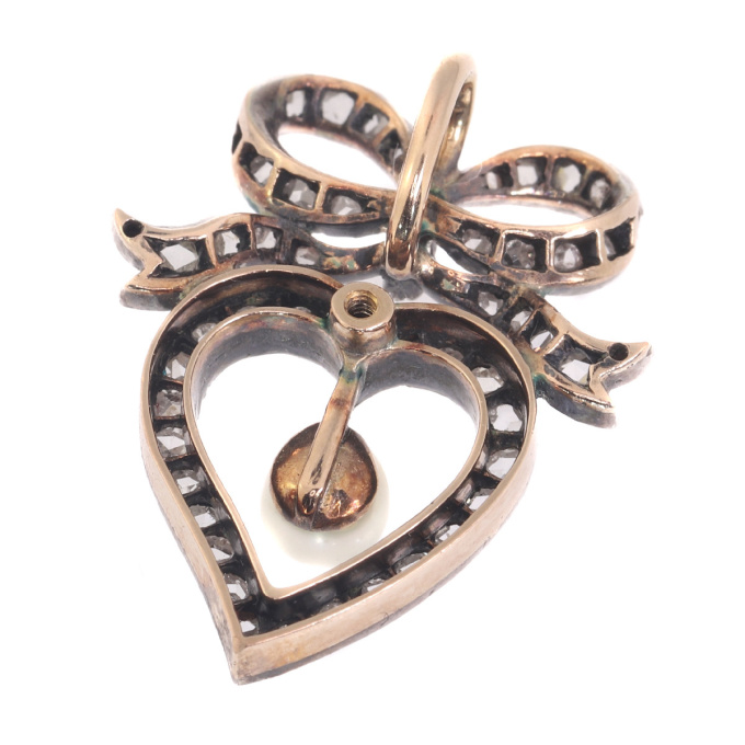 Antique Victorian diamond heart pendant by Unknown Artist