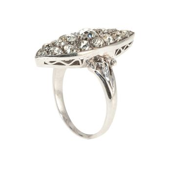 Art Deco ring with diamonds by Unknown Artist