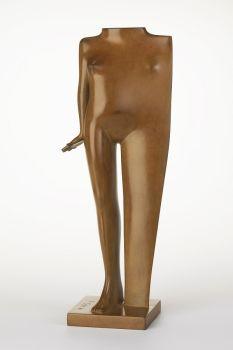Figurina by Kobe .