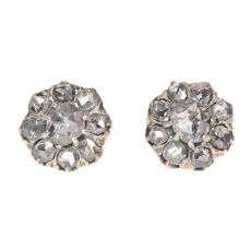 Antique Victorian earstuds with rose cut diamonds 18K gold by Unknown