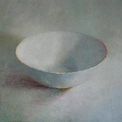 Witte schaal by Anneke Elhorst