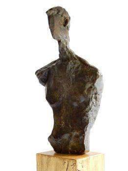 Buste cubiste de l'homme moderne by Léon Indenbaum