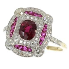 Superb platinum and gold Art deco ring with diamonds and rubies by Unknown Artist