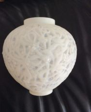 A rare to find snow white 'Gui' vase by Lalique