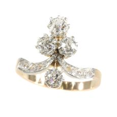 Lovely vintage Belle Epoque diamond engagement ring by Unknown