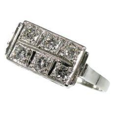 Art Deco Interbellum diamond platinum engagement ring by Unknown Artist